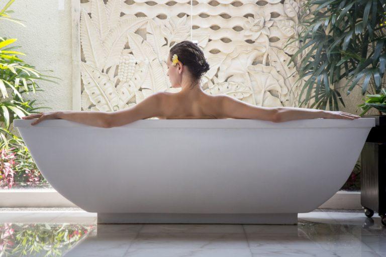 On the Art of Bathing
